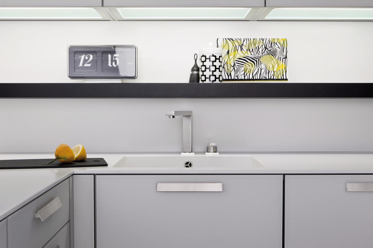 modern style andres k chen langenthal. Black Bedroom Furniture Sets. Home Design Ideas